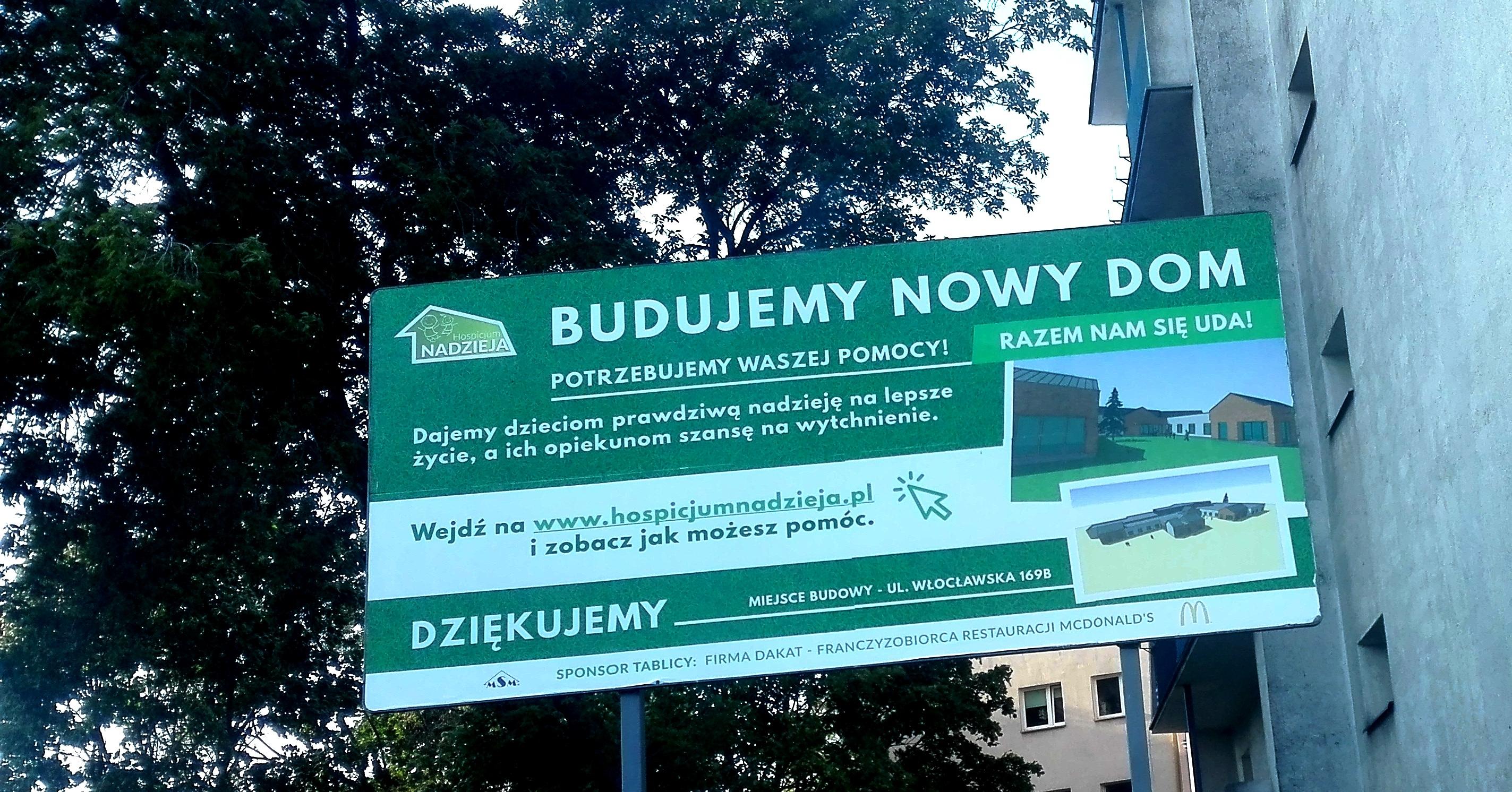 Budujemy Nowy DOM: bilbord już wisi!